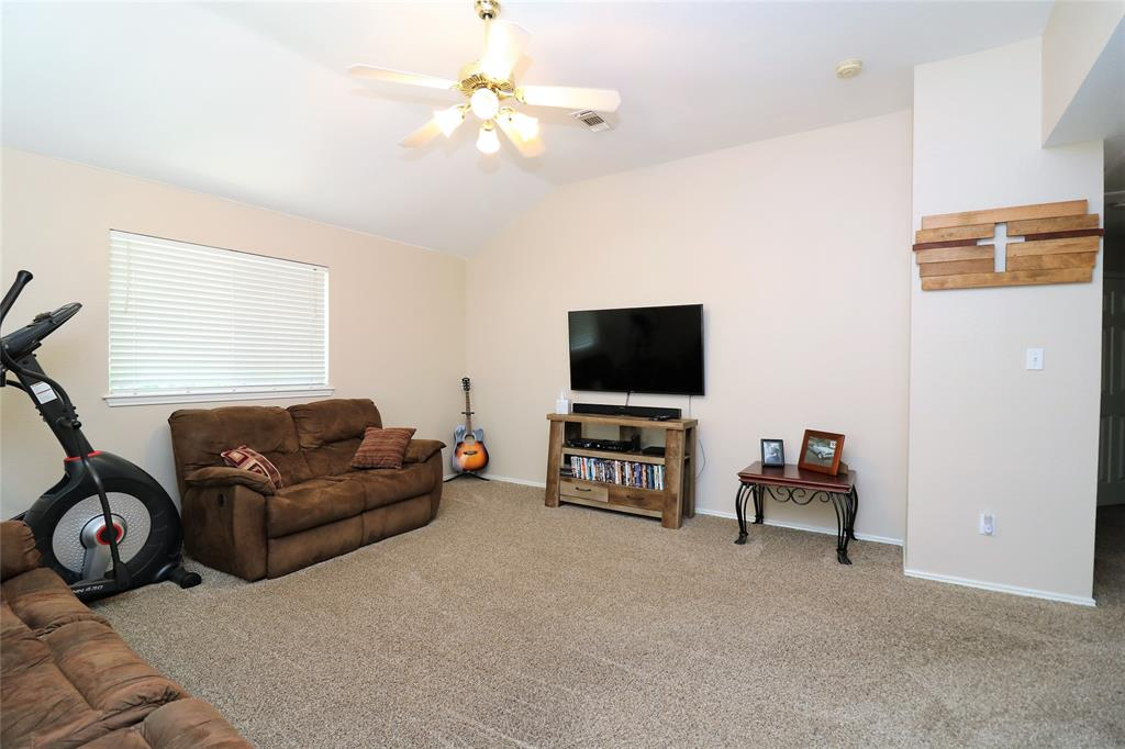 2208 Eden Green  Drive, Arlington, Texas 76001 - acquisto real estate best new home sales realtor linda miller executor real estate