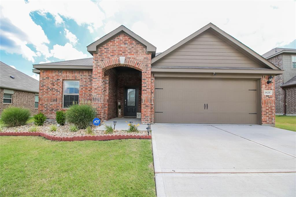1825 Rialto  Lane, Crowley, Texas 76036 - Acquisto Real Estate best plano realtor mike Shepherd home owners association expert
