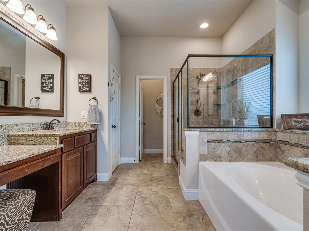 409 Hillstone  Drive, Midlothian, Texas 76065 - acquisto real estate best park cities realtor kim miller best staging agent