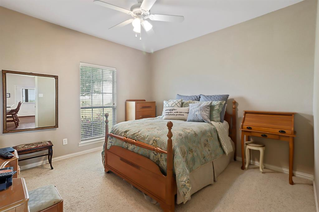 4760 Bonnie Brae  Street, Denton, Texas 76207 - acquisto real estate best park cities realtor kim miller best staging agent
