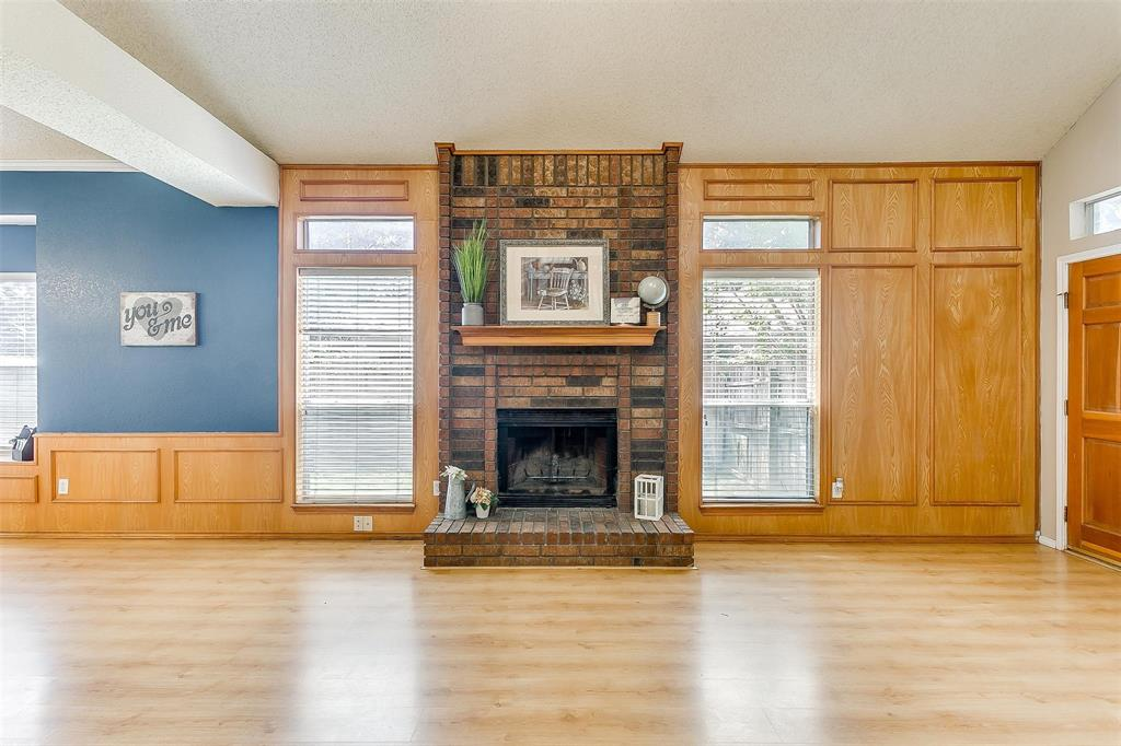 6028 Hillglen  Drive, Watauga, Texas 76148 - acquisto real estate best listing listing agent in texas shana acquisto rich person realtor