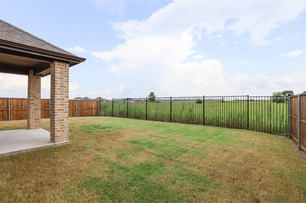 500 Cowboy  Way, Anna, Texas 75409 - acquisto real estate best realtor dfw jody daley liberty high school realtor