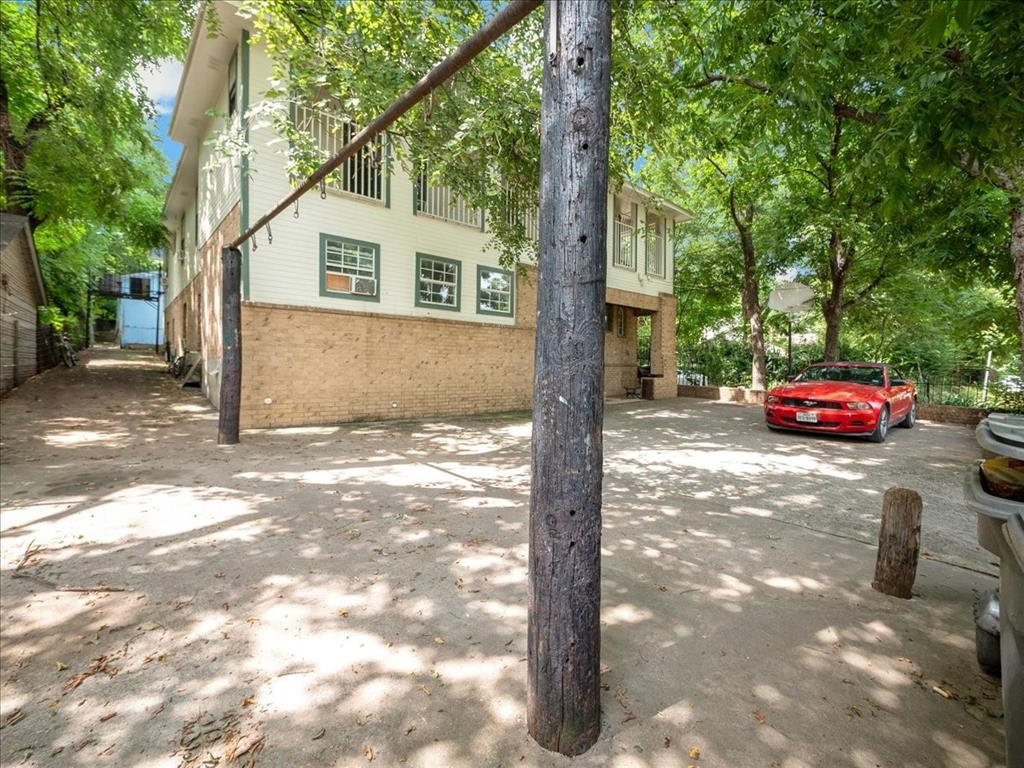 1850 Pollard  Street, Dallas, Texas 75208 - acquisto real estate best photos for luxury listings amy gasperini quick sale real estate