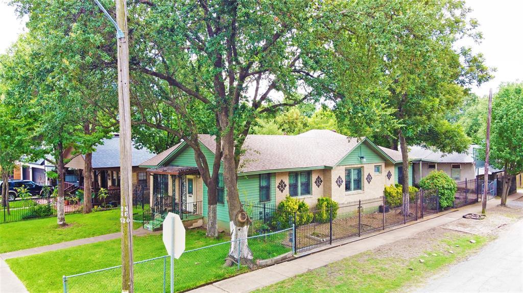 1001 Grandview  Avenue, Dallas, Texas 75223 - acquisto real estate best photos for luxury listings amy gasperini quick sale real estate