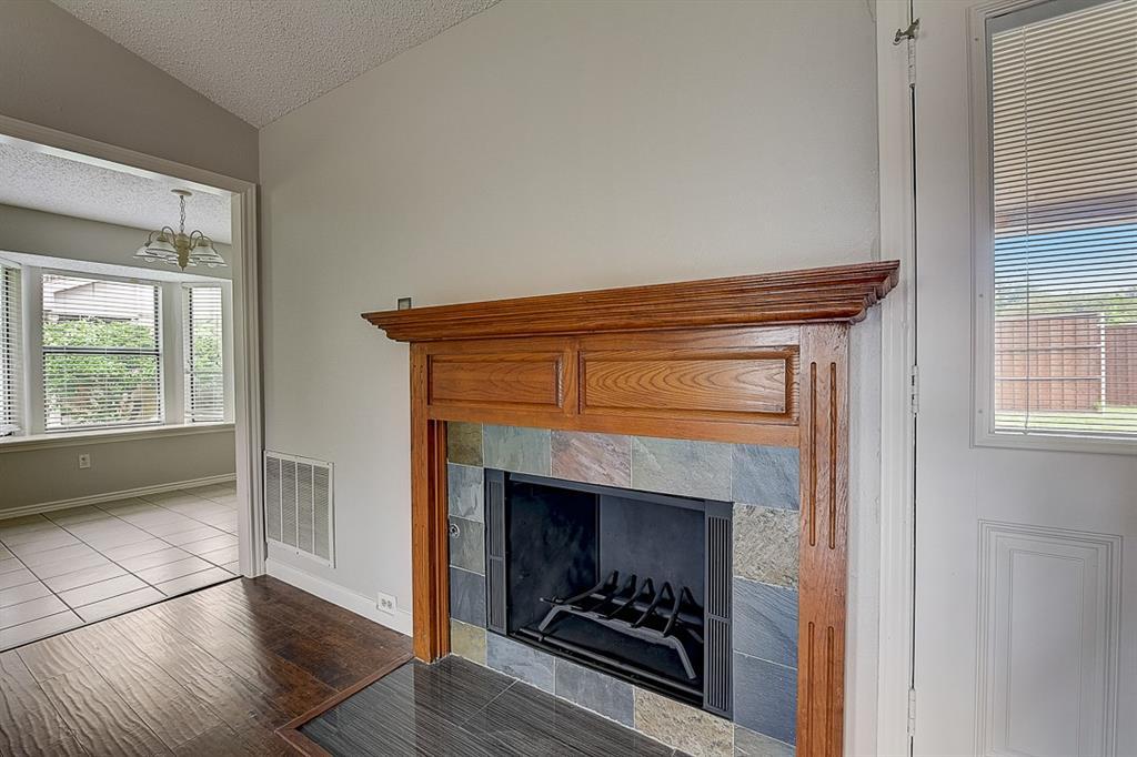 405 Kingsbridge  Court, Garland, Texas 75040 - acquisto real estate best new home sales realtor linda miller executor real estate
