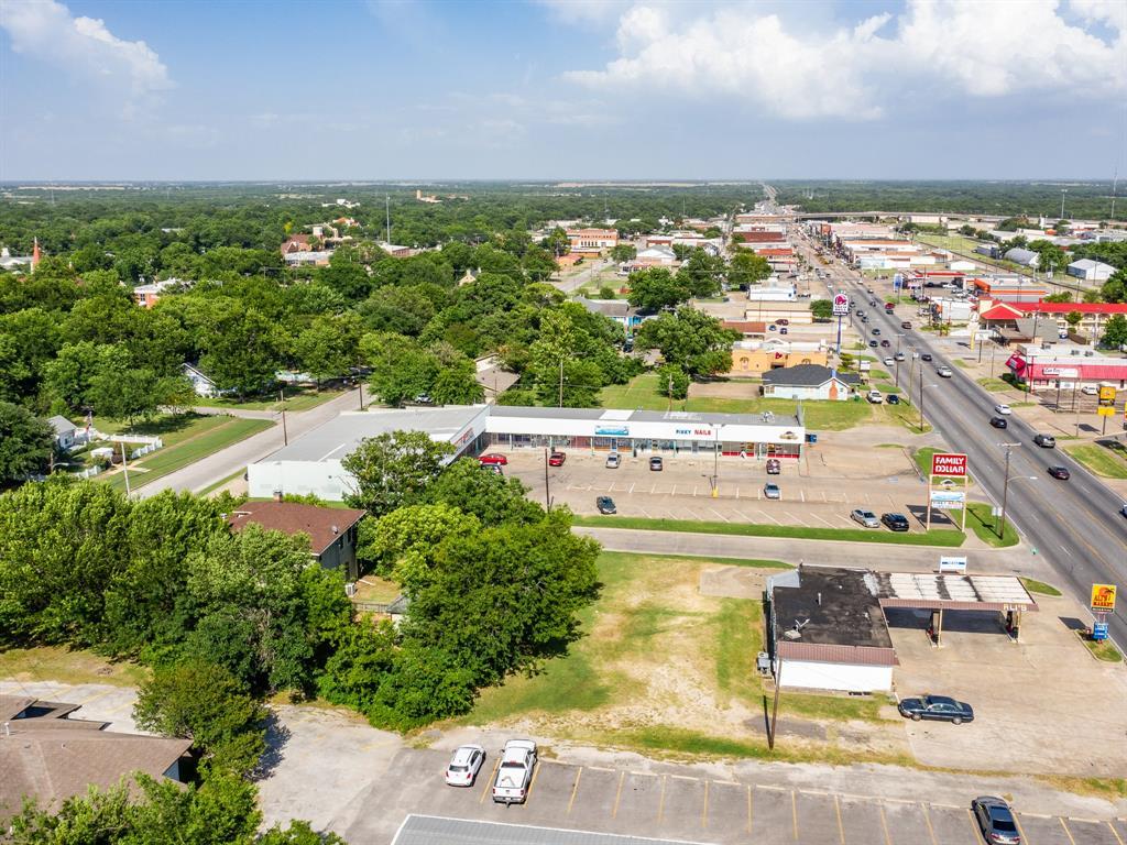 803 Nash  Street, Terrell, Texas 75160 - acquisto real estate mvp award real estate logan lawrence