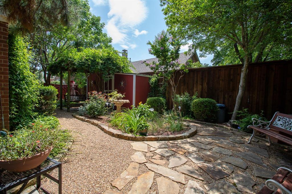 8817 Trails Edge  Drive, North Richland Hills, Texas 76182 - acquisto real estate best park cities realtor kim miller best staging agent