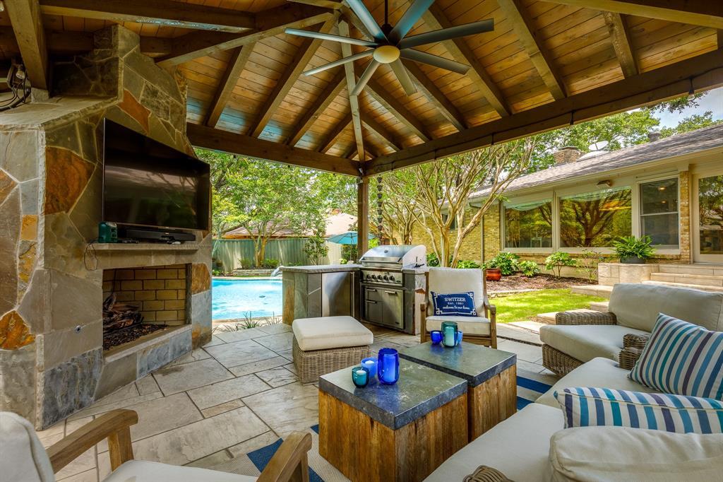 6556 Meadowcreek  Drive, Dallas, Texas 75254 - acquisto real estate best looking realtor in america shana acquisto