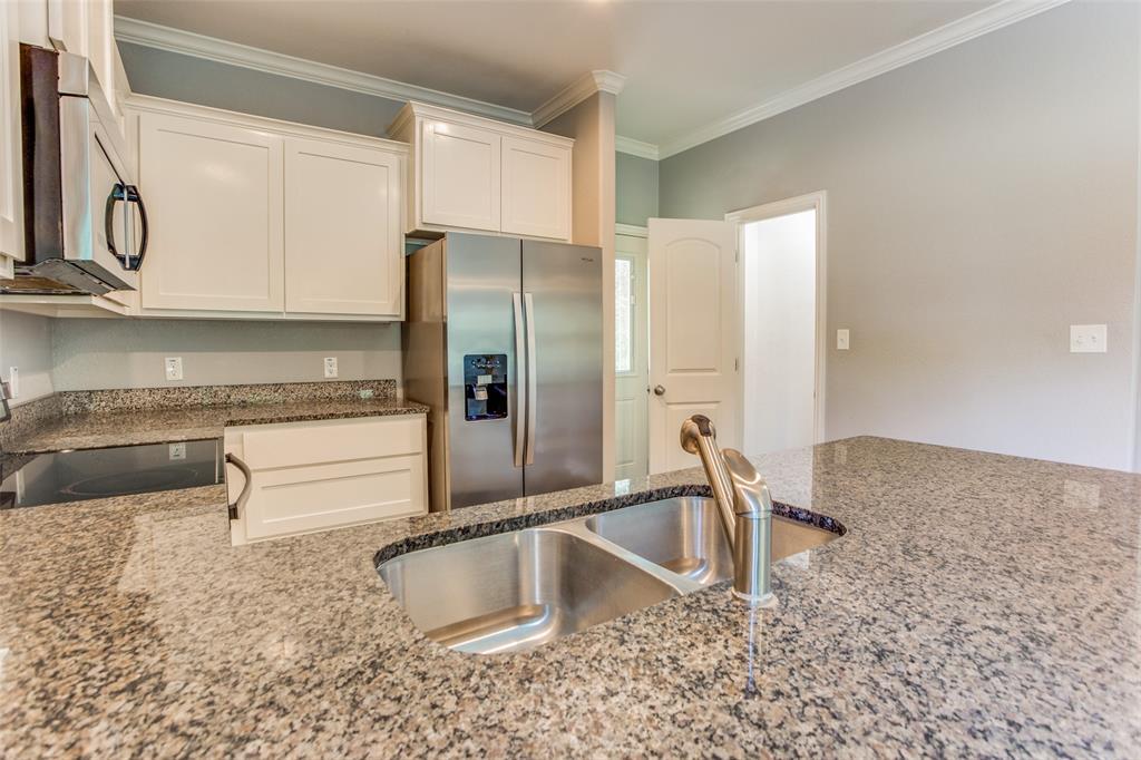 600 Johnson  Street, Denison, Texas 75020 - acquisto real estate best listing listing agent in texas shana acquisto rich person realtor