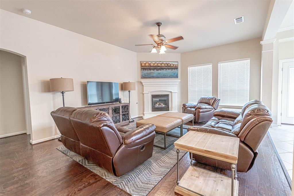 8325 Sandhill Crane  Drive, Fort Worth, Texas 76118 - acquisto real estate best highland park realtor amy gasperini fast real estate service