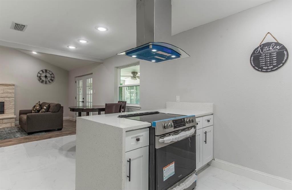 1001 5th  Street, Grand Prairie, Texas 75051 - acquisto real estate best prosper realtor susan cancemi windfarms realtor