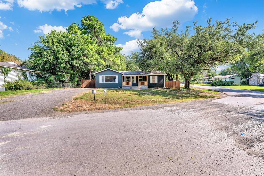 617 Alfred  Drive, Azle, Texas 76020 - acquisto real estate best allen realtor kim miller hunters creek expert