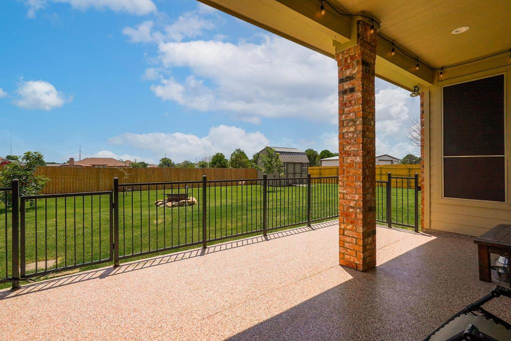 831 Sherry  Lane, Krugerville, Texas 76227 - acquisto real estate best frisco real estate agent amy gasperini panther creek realtor