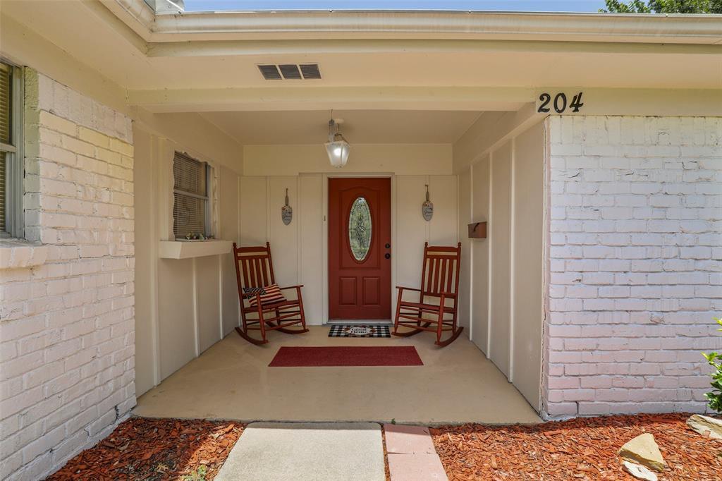 204 Revere  Drive, Fort Worth, Texas 76134 - acquisto real estate best prosper realtor susan cancemi windfarms realtor