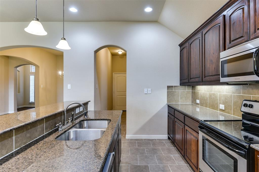 152 Horseshoe  Bend, Waxahachie, Texas 75165 - acquisto real estate best real estate company to work for