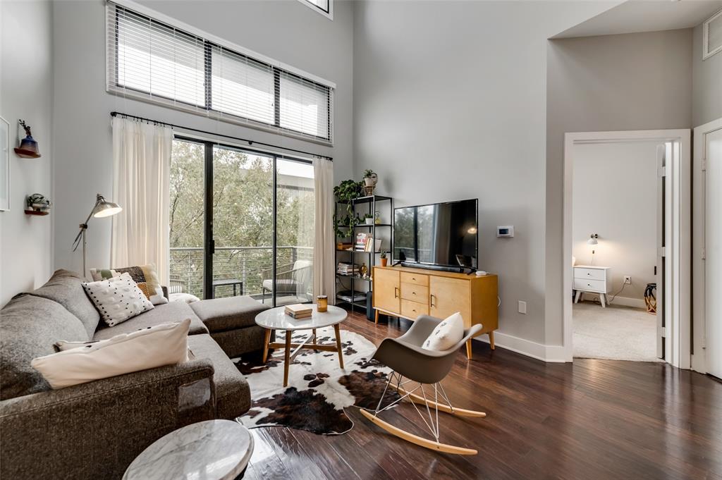 4414 Cedar Springs  Road, Dallas, Texas 75219 - acquisto real estate best celina realtor logan lawrence best dressed realtor