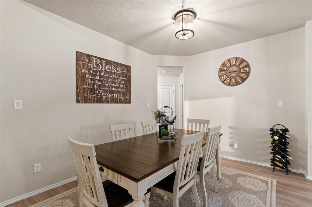 4014 Kensington  Drive, Sanger, Texas 76266 - acquisto real estate best the colony realtor linda miller the bridges real estate