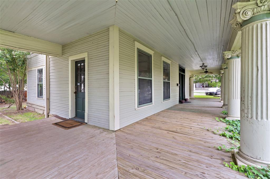 803 Nash  Street, Terrell, Texas 75160 - acquisto real estate best real estate company in frisco texas real estate showings