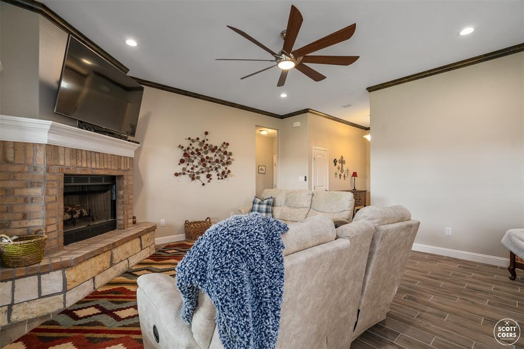 1504 Southgate  Drive, Brownwood, Texas 76801 - acquisto real estate best prosper realtor susan cancemi windfarms realtor
