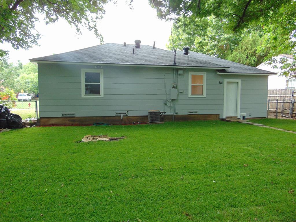 718 19th  Street, Grand Prairie, Texas 75050 - acquisto real estate best celina realtor logan lawrence best dressed realtor