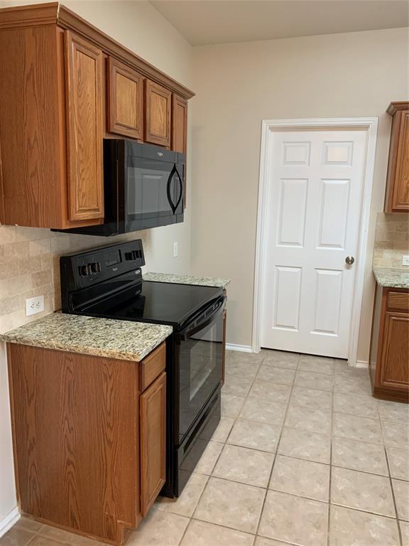 8520 Hawks Nest  Drive, Fort Worth, Texas 76131 - acquisto real estate best allen realtor kim miller hunters creek expert