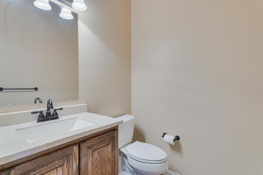 4821 Lemon Grove  Drive, Fort Worth, Texas 76135 - acquisto real estate best highland park realtor amy gasperini fast real estate service