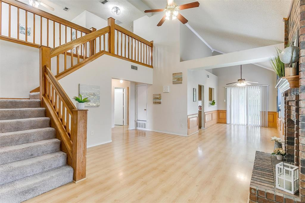 6028 Hillglen  Drive, Watauga, Texas 76148 - acquisto real estate best flower mound realtor jody daley lake highalands agent of the year
