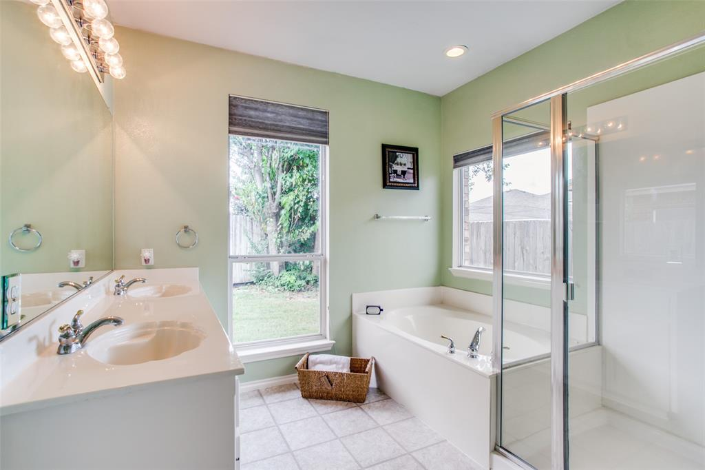 10628 Ashmore  Drive, Fort Worth, Texas 76131 - acquisto real estate best designer and realtor hannah ewing kind realtor
