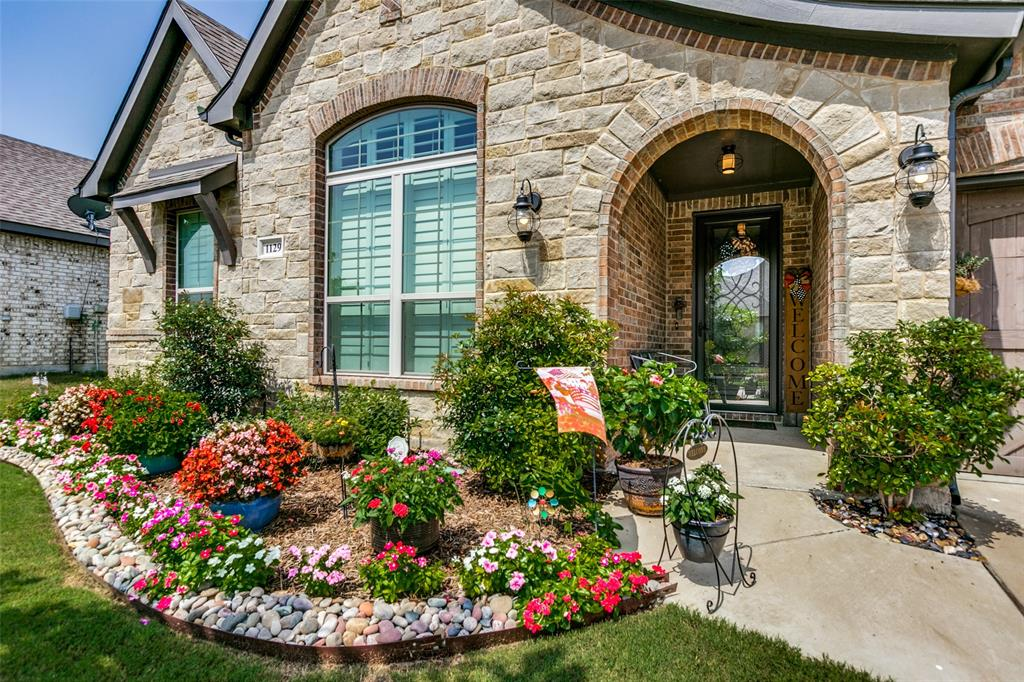 1129 Planters  Way, Waxahachie, Texas 75165 - Acquisto Real Estate best plano realtor mike Shepherd home owners association expert