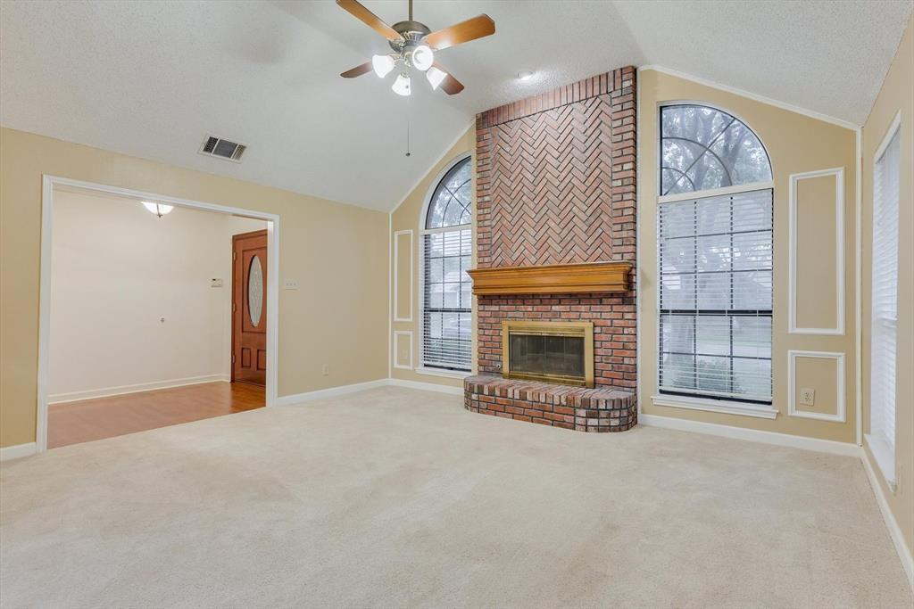 1662 Crosshaven  Drive, Lewisville, Texas 75077 - acquisto real estate best real estate company in frisco texas real estate showings