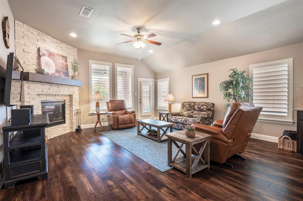 1116 Hot Springs  Way, Celina, Texas 75009 - acquisto real estate best prosper realtor susan cancemi windfarms realtor