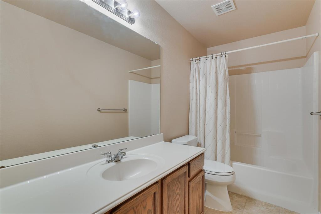 4821 Lemon Grove  Drive, Fort Worth, Texas 76135 - acquisto real estate best photo company frisco 3d listings
