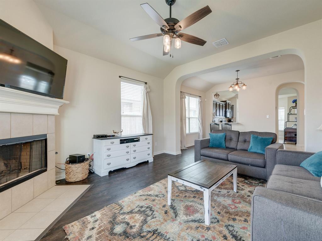 929 Viburnum  Drive, Fort Worth, Texas 76131 - acquisto real estate best luxury buyers agent in texas shana acquisto inheritance realtor