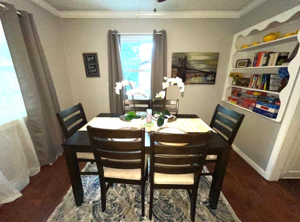 1729 Oakland  Boulevard, Fort Worth, Texas 76103 - acquisto real estate best celina realtor logan lawrence best dressed realtor