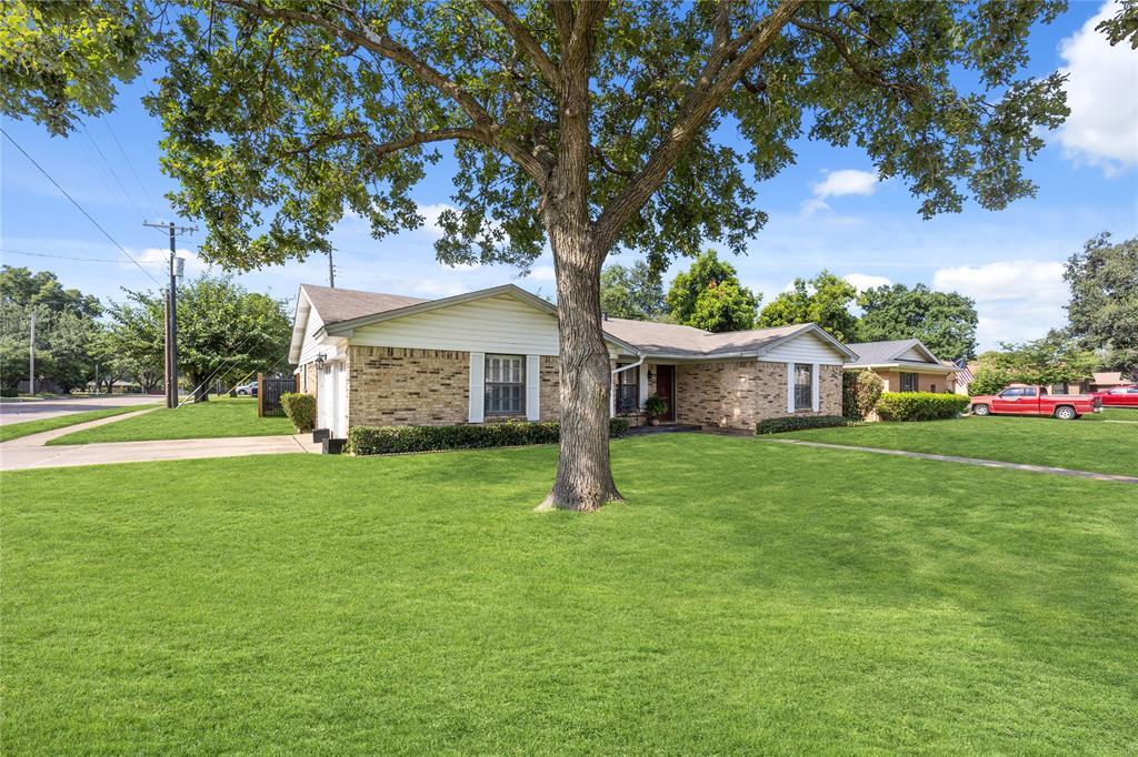 2002 Benjamin  Road, Irving, Texas 75060 - acquisto real estate nicest realtor in america shana acquisto