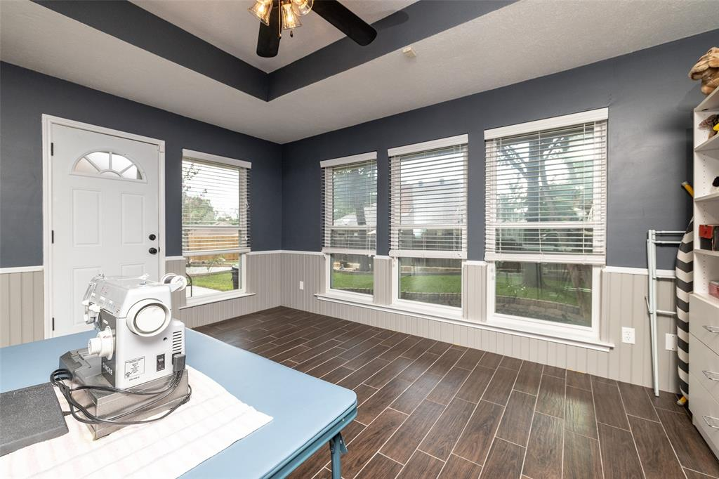 802 Glenn  Drive, Euless, Texas 76039 - acquisto real estate best looking realtor in america shana acquisto