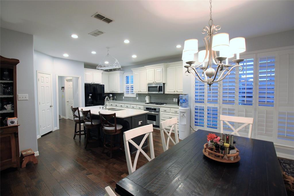 7109 New Bury  Court, Rowlett, Texas 75089 - acquisto real estate best style realtor kim miller best real estate reviews dfw