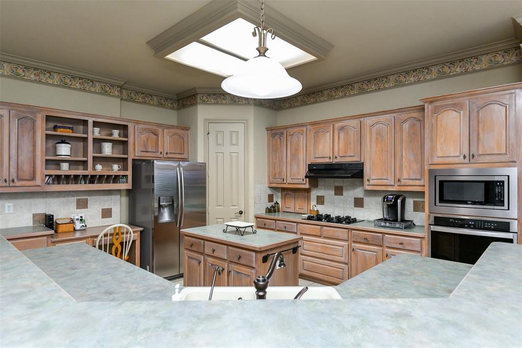 2434 SAVANNA  Circle, Midlothian, Texas 76065 - acquisto real estate best celina realtor logan lawrence best dressed realtor