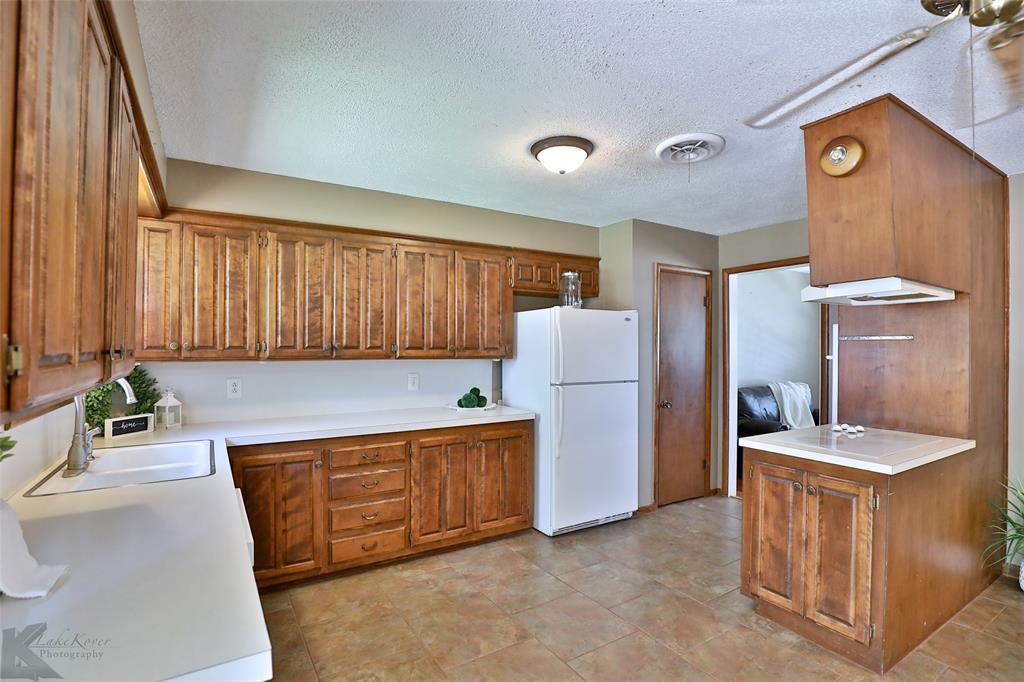 1402 Glenhaven  Drive, Abilene, Texas 79603 - acquisto real estate best luxury buyers agent in texas shana acquisto inheritance realtor