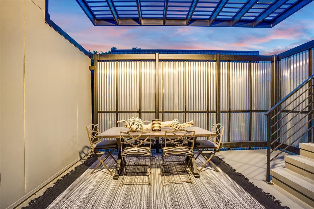 4828 Caxton  Court, Dallas, Texas 75204 - acquisto real estate best plano real estate agent mike shepherd