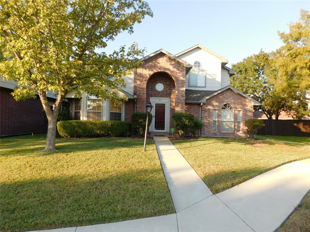 604 Blue Leaf  Drive, Flower Mound, Texas 75028 - acquisto real estate best realtor foreclosure real estate mike shepeherd walnut grove realtor