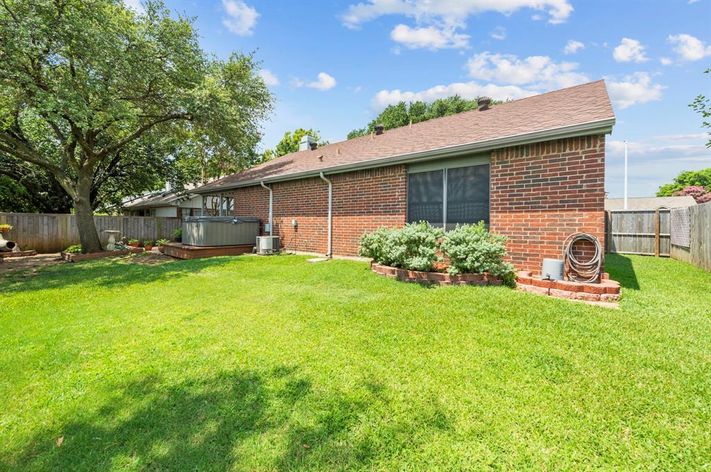 2112 Crestmeadow  Street, Denton, Texas 76207 - acquisto real estate best photo company frisco 3d listings