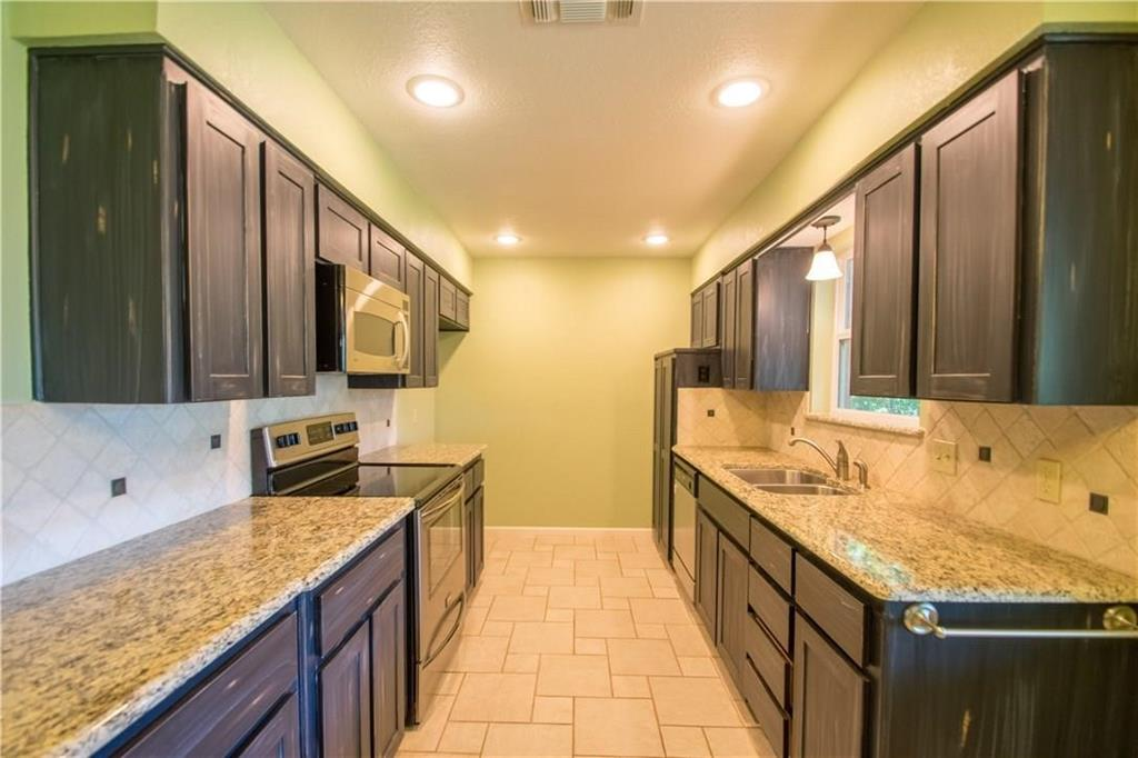 1111 Johnson  Street, Benbrook, Texas 76126 - acquisto real estate best photos for luxury listings amy gasperini quick sale real estate