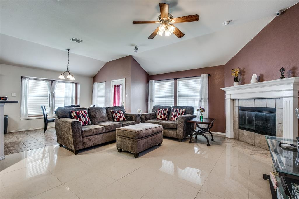 2100 Songbird  Drive, Forney, Texas 75126 - acquisto real estate best celina realtor logan lawrence best dressed realtor