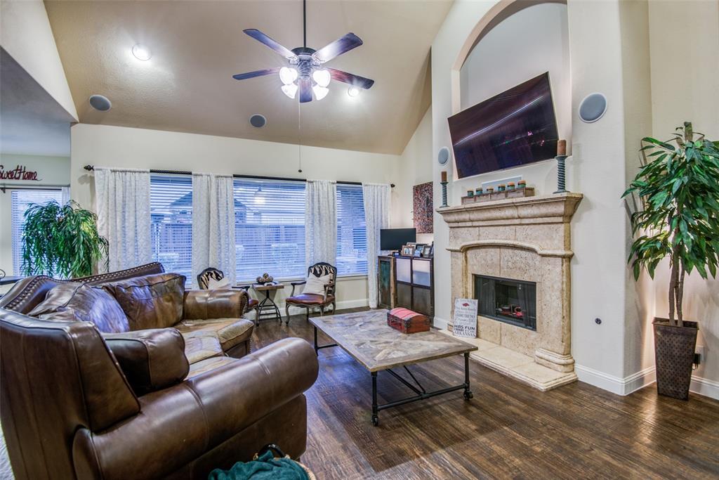 1124 Claire  Street, Lantana, Texas 76226 - acquisto real estate best prosper realtor susan cancemi windfarms realtor