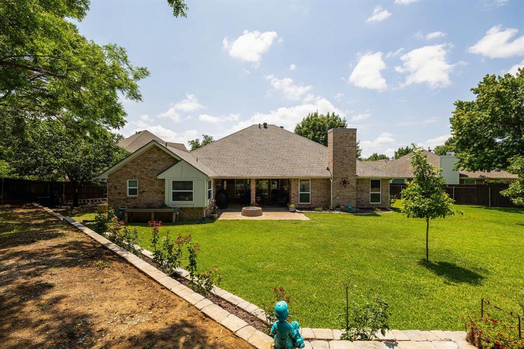 2701 Cedar Springs  Court, Bedford, Texas 76021 - acquisto real estate best relocation company in america katy mcgillen