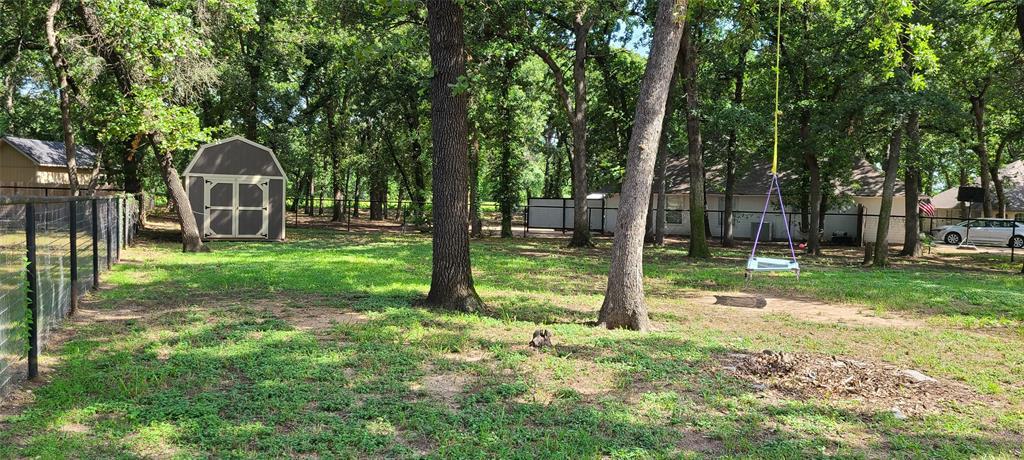 6912 Stewarts Oaks  Court, Granbury, Texas 76049 - acquisto real estate best realtor foreclosure real estate mike shepeherd walnut grove realtor
