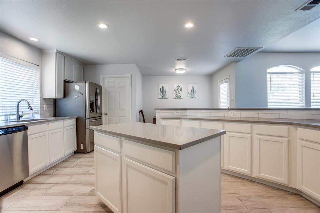 8400 Beartooth  Drive, Frisco, Texas 75036 - acquisto real estate best designer and realtor hannah ewing kind realtor