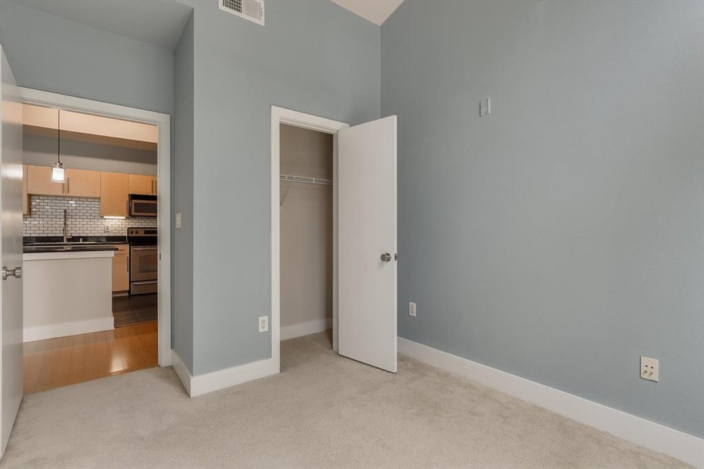 4605 Cedar Springs  Road, Dallas, Texas 75219 - acquisto real estate best photos for luxury listings amy gasperini quick sale real estate