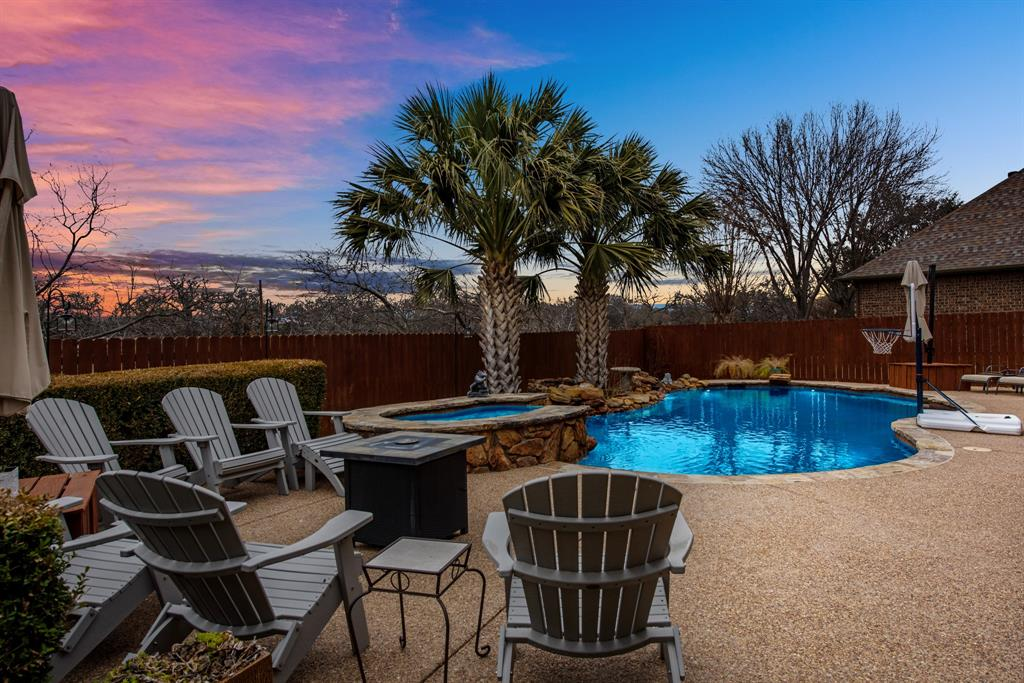 7709 Grace  Drive, North Richland Hills, Texas 76182 - acquisto real estate best negotiating realtor linda miller declutter realtor